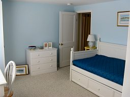 Master Bedroom Twin Trundle